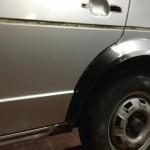 nieuw wielboordje ingelast en aangepast aan de deur